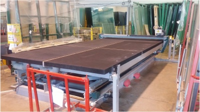 Shape cutting table, 3700 x 2600 mm